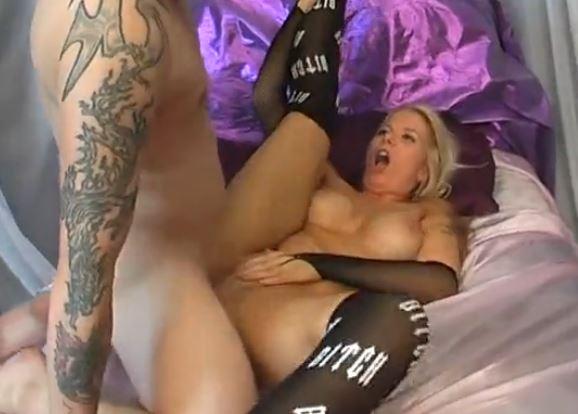 seksiä tallinnasta suurempi penis
